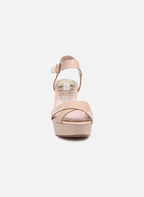 Sandales et nu-pieds Dune London Iyla Beige vue portées chaussures