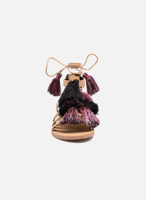 Sandales et nu-pieds Rebecca Minkoff Elisha Beige vue portées chaussures