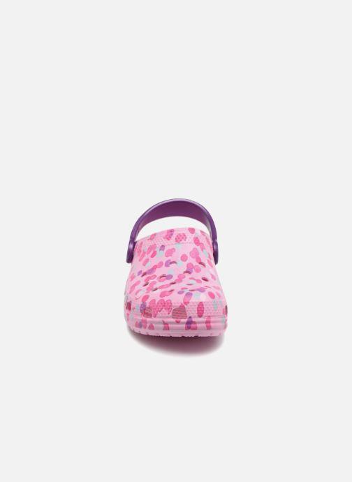Sandales et nu-pieds Crocs Classic Clog Graphic Kids Rose vue portées chaussures