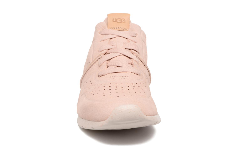 Baskets UGG W Tye Rose vue portées chaussures