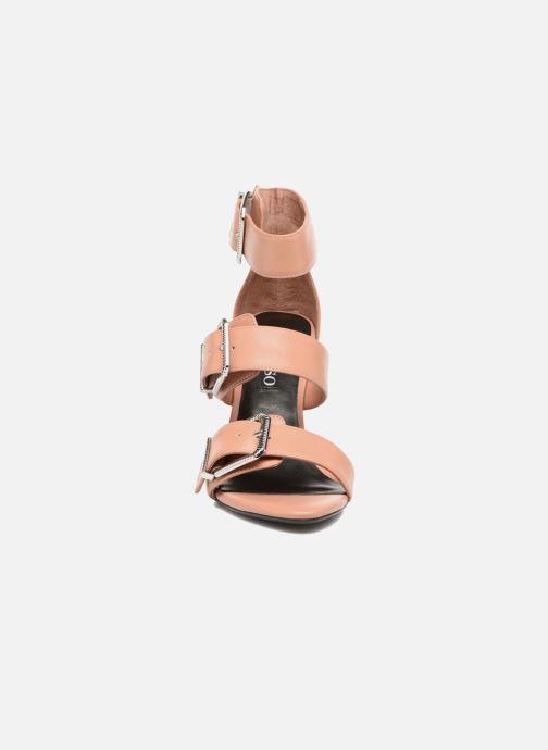 Sandali e scarpe aperte SENSO Tracy Rosa modello indossato
