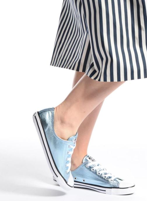 Trainers Converse Chuck Taylor All Star Dainty Ox Metallics Blue view from underneath / model view