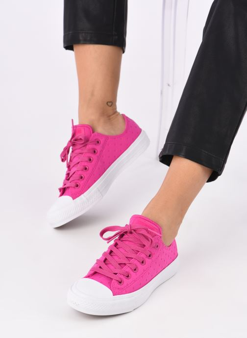 Trainers Converse Chuck Taylor All Star II Ox Shield Lycra Pink view from underneath / model view