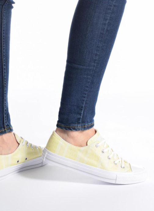 Trainers Converse Chuck Taylor All Star Gemma Ox Engineered Lace Pink view from underneath / model view