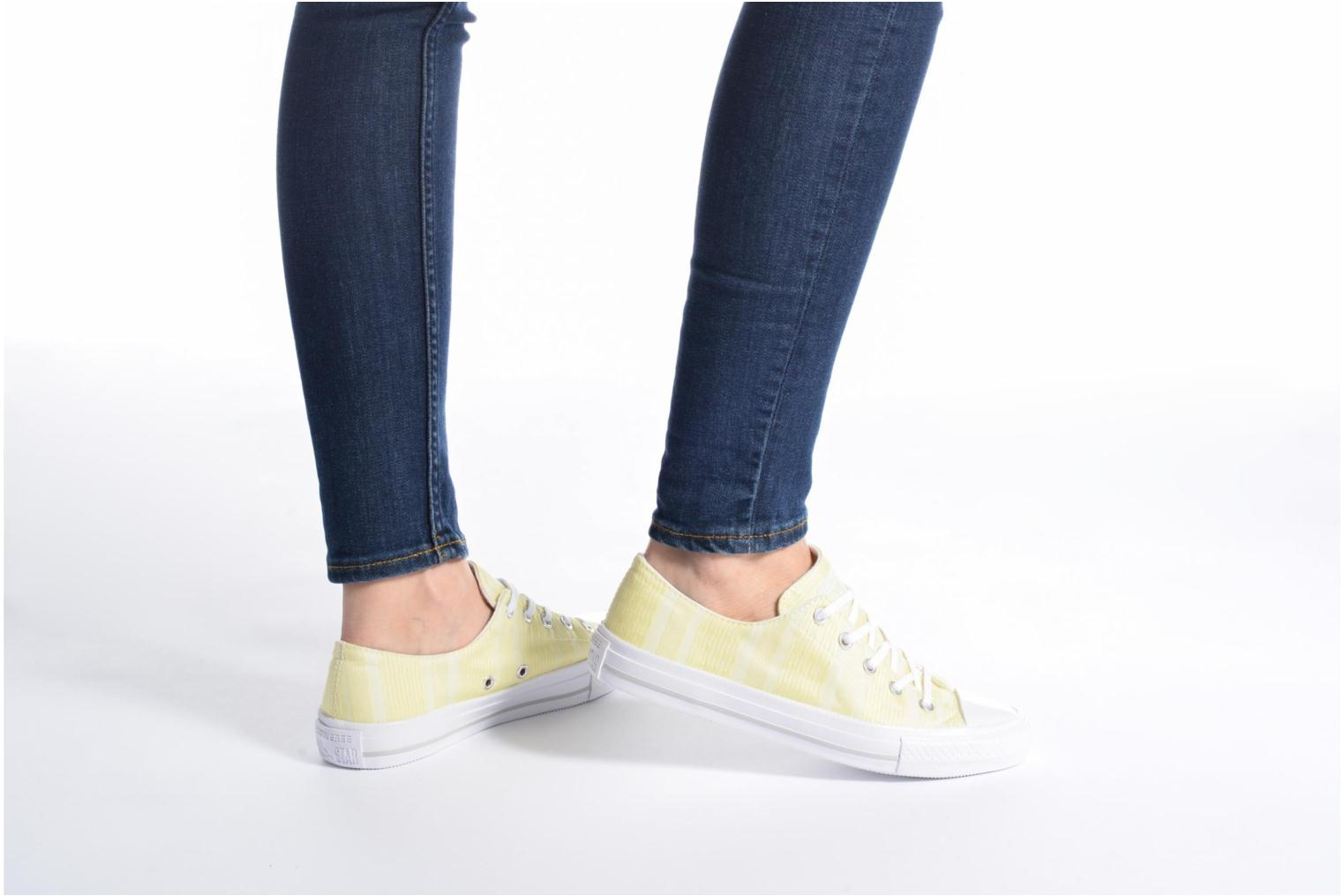 Sneakers Converse Chuck Taylor All Star Gemma Ox Engineered Lace Geel onder