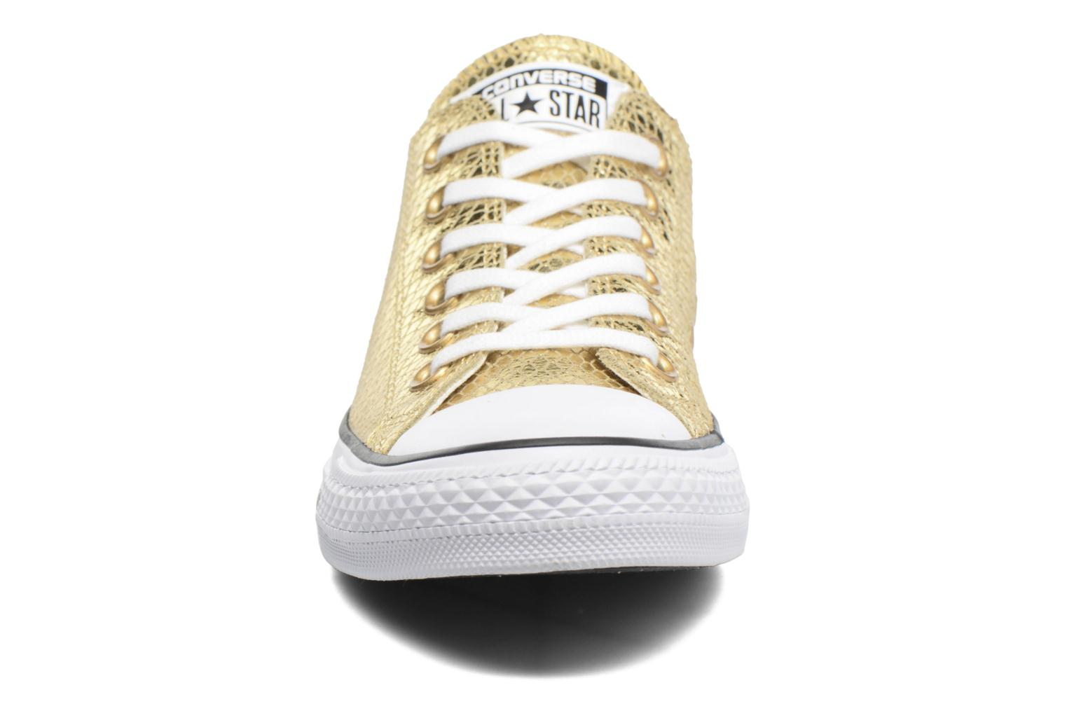 Baskets Converse Chuck Taylor All Star Ox Metallic Snake Leather Or et bronze vue portées chaussures