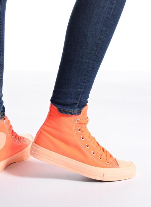 Trainers Converse Chuck Taylor All Star II Hi Pastel Midsoles W Beige view from underneath / model view