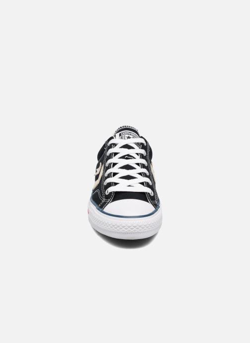 Sneaker Converse Star Player Ox Evergreen schwarz schuhe getragen