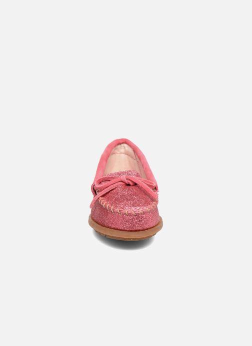 Mocassins Minnetonka Glitter Moc Rose vue portées chaussures