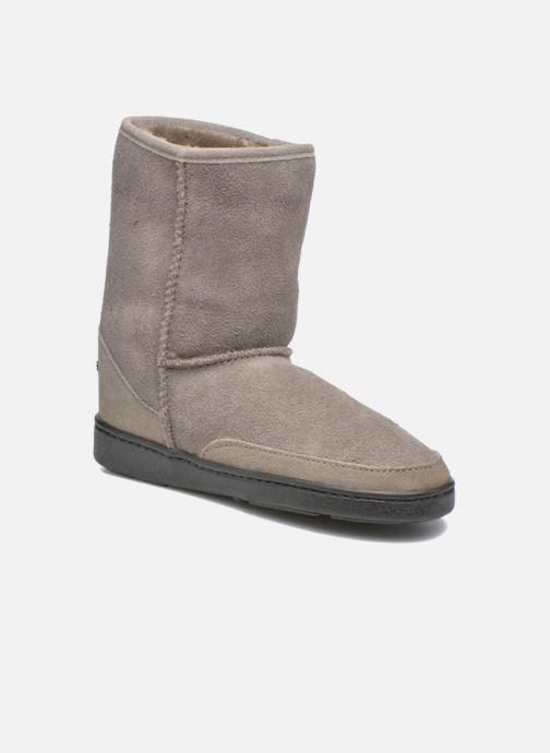 Short Sheepskin Pug Boot W