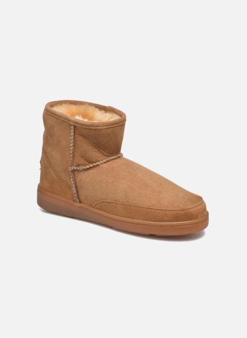 Ankle-Hi Sheepskin Pug Boot