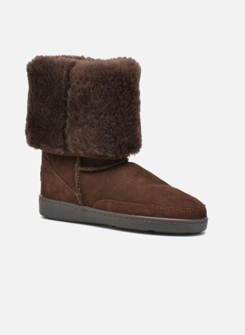 Tall Sheepskin Pug Boot W