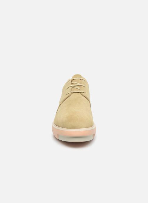Chaussures à lacets Camper Marta K200114 Beige vue portées chaussures