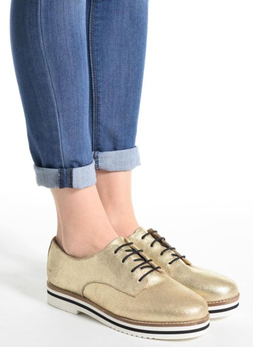 Lace-up shoes Coolway Avocado Bronze and Gold view from underneath / model view