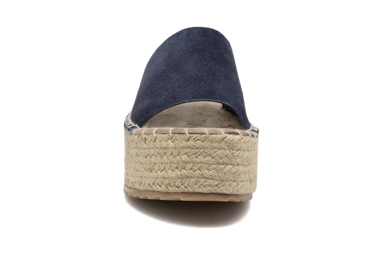 Scarpe di corda Coolway Bora Azzurro modello indossato