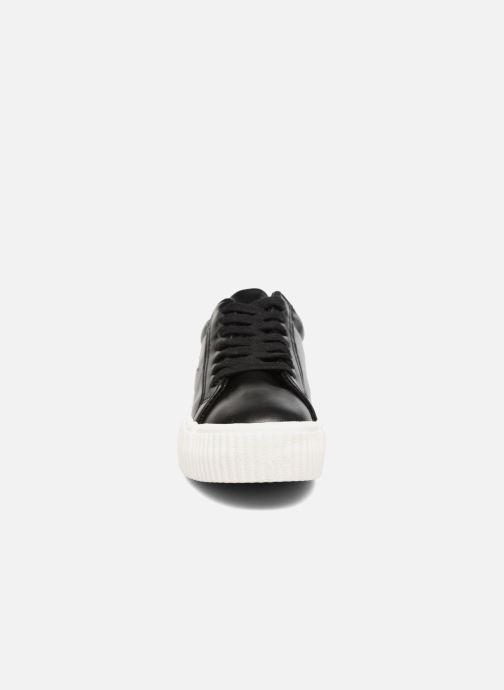 Baskets Coolway Cherry Noir vue portées chaussures
