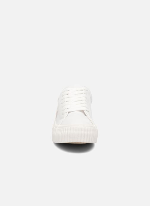 Baskets Coolway Cherry Blanc vue portées chaussures