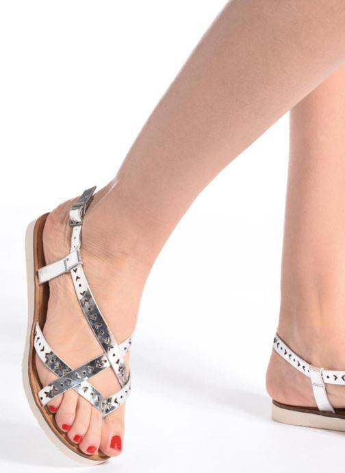 Sandales et nu-pieds Coolway Poppy Noir vue bas / vue portée sac