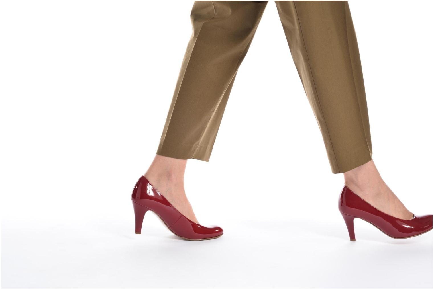 High heels Gabor Pesaro Red view from underneath / model view