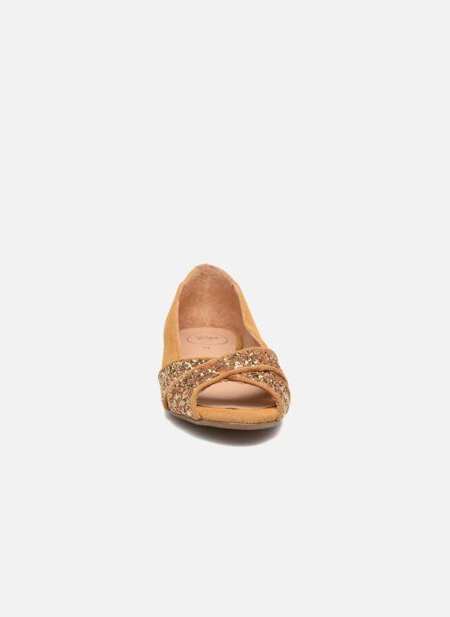 Ballerines Yep Marie Marron vue portées chaussures