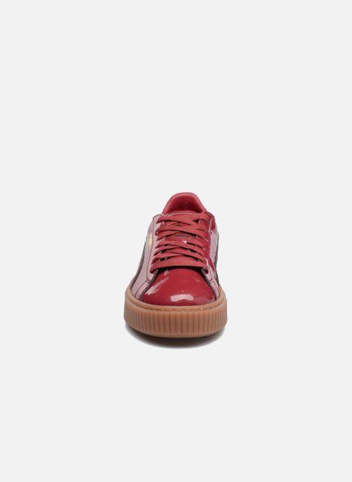 Sneakers Puma Wns Basket Platform Patent Rød se skoene på