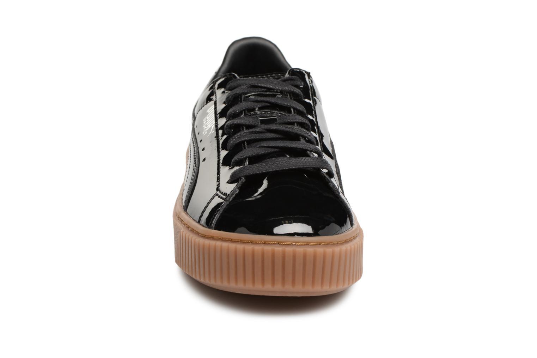 Baskets Puma Wns Basket Platform Patent Noir vue portées chaussures