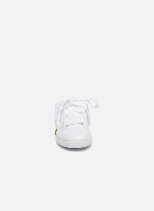 Sneakers Puma Basket Heart Patent Wn's Wit model