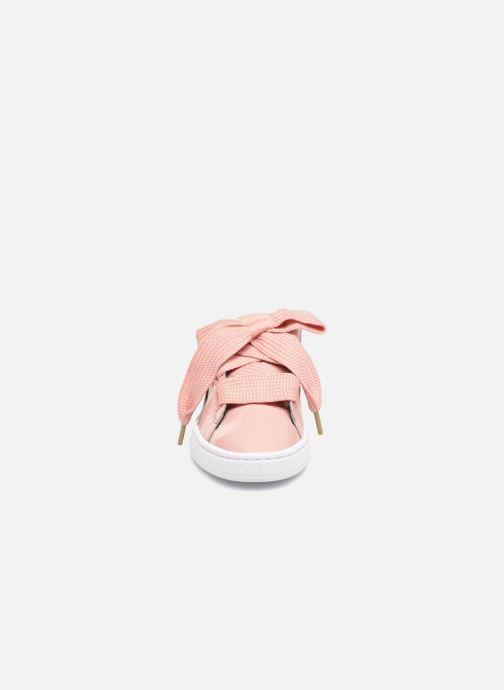 Baskets Puma Basket Heart Patent Wn's Rose vue portées chaussures