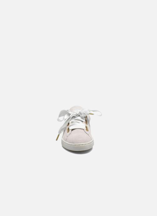 Baskets Puma Suede Heart Satin Wn's Gris vue portées chaussures