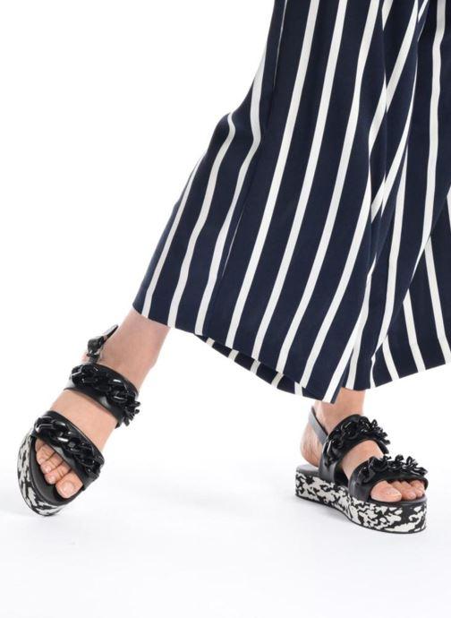 Sandales et nu-pieds KARL LAGERFELD Plexi Platform Sandal Noir vue bas / vue portée sac