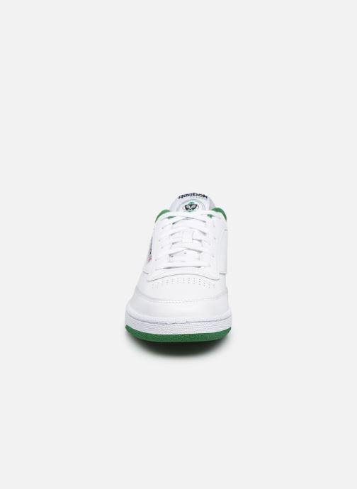 Sneakers Reebok Club C 85 Bianco modello indossato