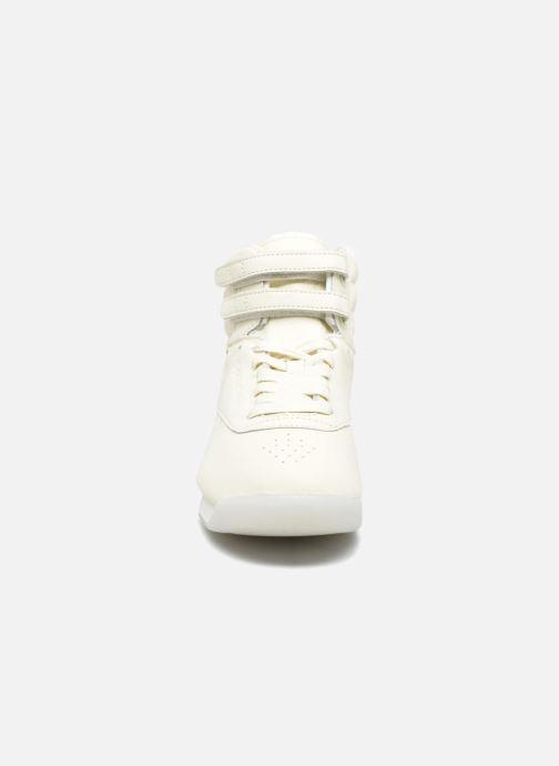 Sneakers Reebok F/S Hi Face 35 Bianco modello indossato