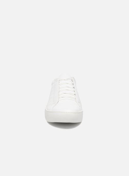 Deportivas Vagabond Shoemakers ZOE 4326-001 Blanco vista del modelo