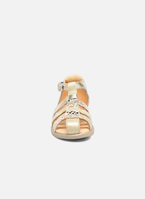 Sandales et nu-pieds Babybotte Tikalou Or et bronze vue portées chaussures