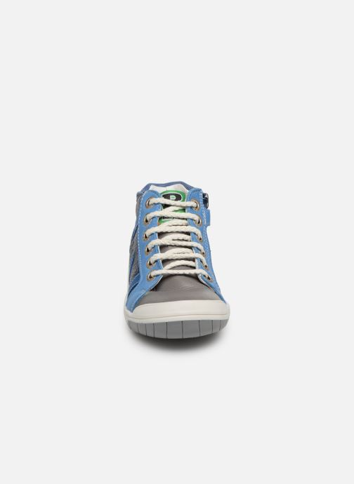 Trainers Babybotte Artistreet Blue model view