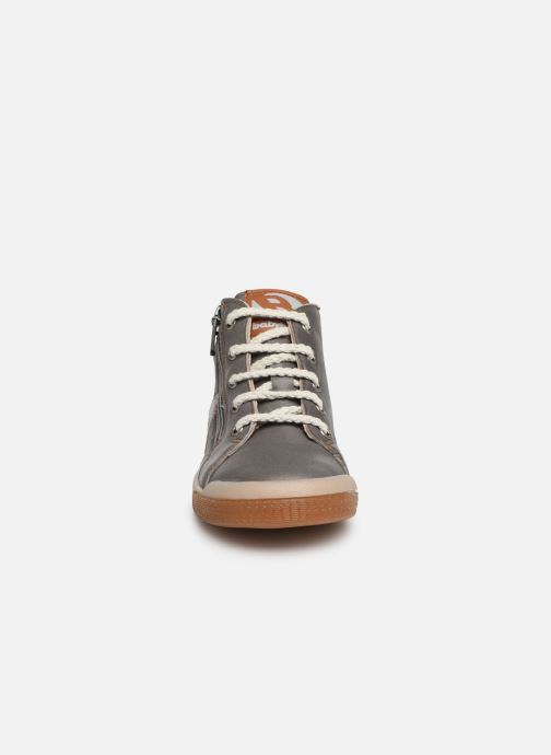 Trainers Babybotte B3 Lacet Grey model view