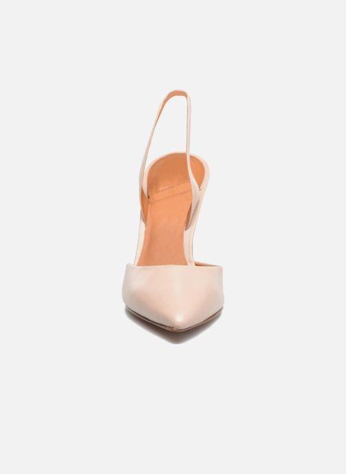 Zapatos de tacón What For Interstellar Beige vista del modelo