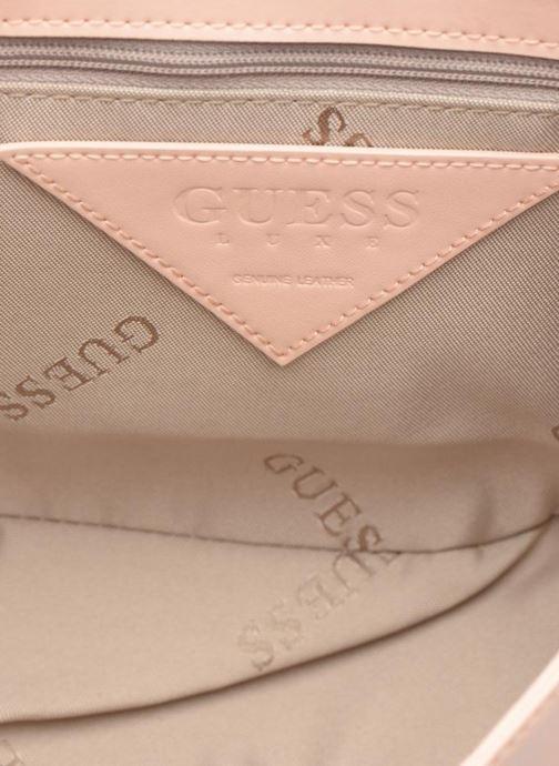 Bolsos de mano Guess MAELLE Leather Crossbody flap Rosa vistra trasera