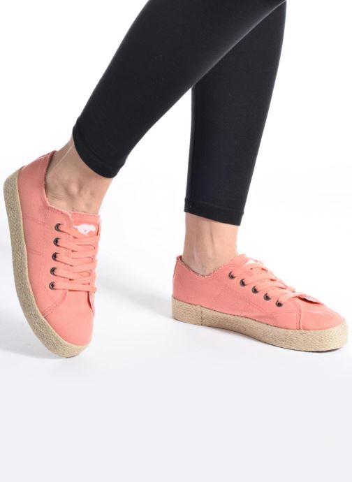 Sneaker Rocket Dog Madox rosa ansicht von unten / tasche getragen