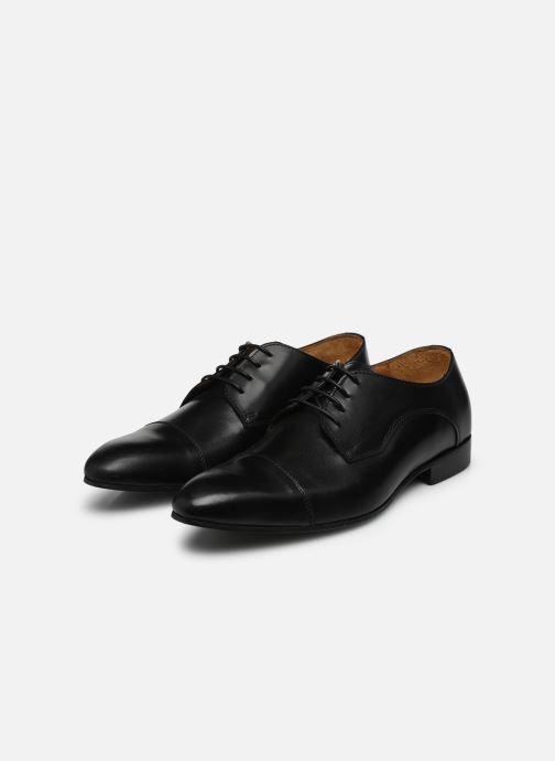 Schnürschuhe Marvin&Co Newlyn schwarz ansicht von unten / tasche getragen