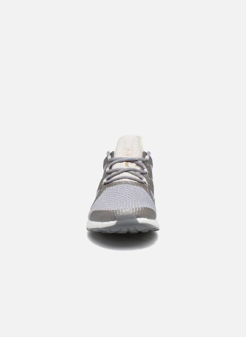 Chaussures de sport adidas performance PureBOOST Xpose Gris vue portées chaussures