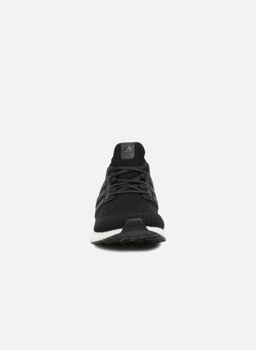 Chaussures de sport adidas performance UltraBOOST Noir vue portées chaussures