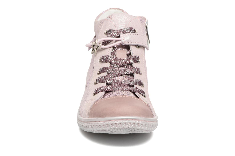 Sneakers Primigi Carolina Rosa modello indossato