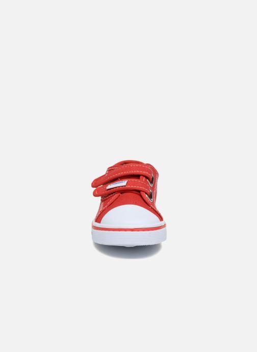 Sneakers Primigi Sergio Rosso modello indossato