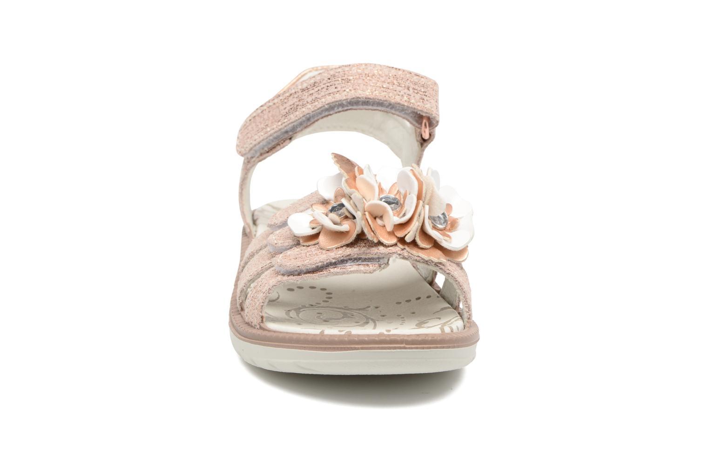 Sandali e scarpe aperte Primigi Amina Rosa modello indossato