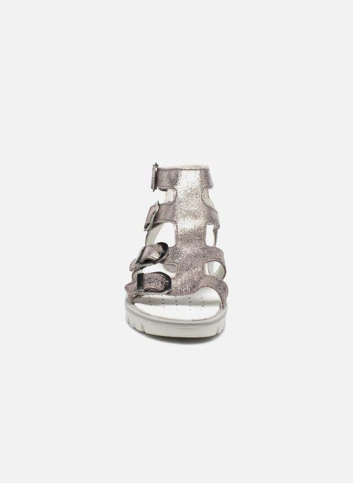 Sandalen Primigi Violeta silber schuhe getragen