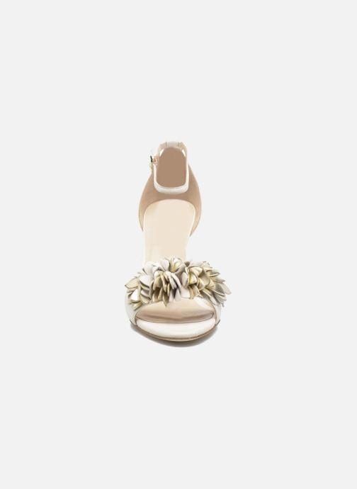 Sandales et nu-pieds L.K. Bennett Claudie Or et bronze vue portées chaussures