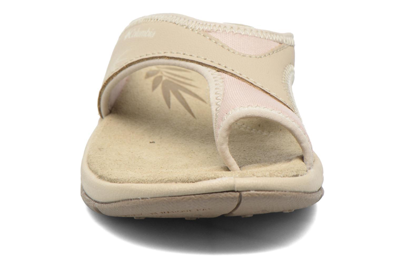 Tongs Columbia Kea Vent Gris vue portées chaussures