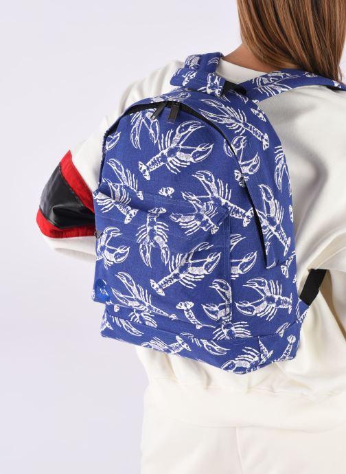 Rucksäcke Mi-Pac Premium Print blau ansicht von unten / tasche getragen