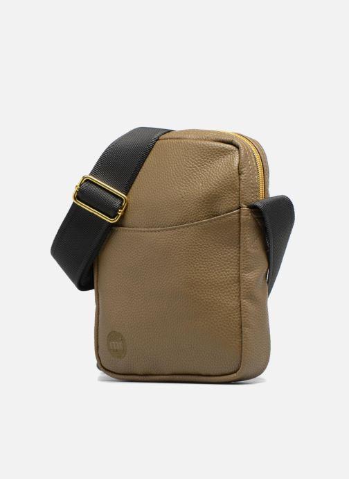 Bolsos de hombre Mi-Pac Flight bag Verde vista del modelo